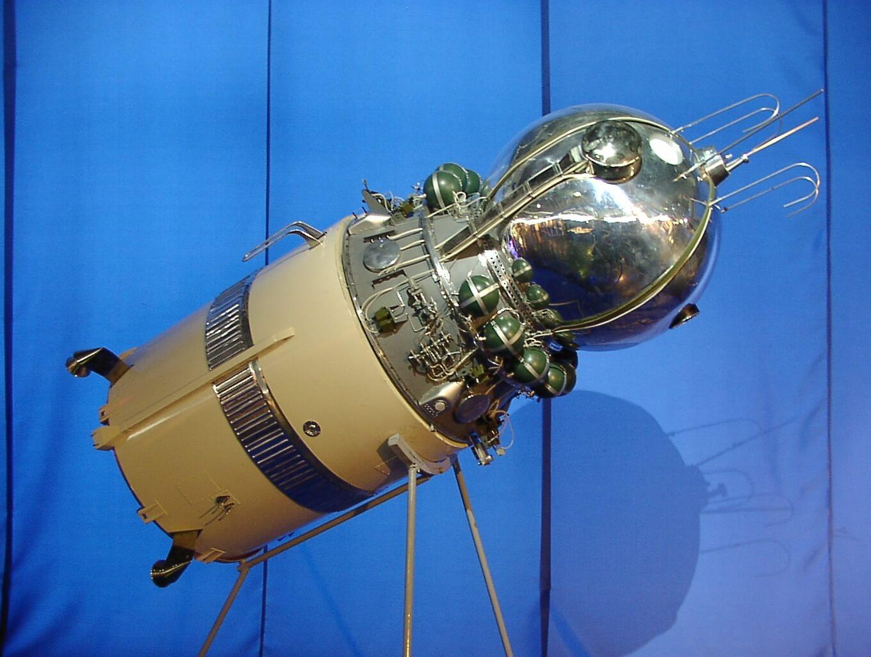 Vostok_spacecraft