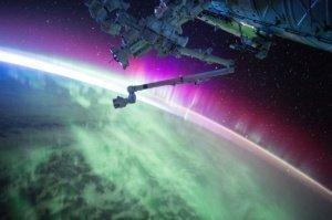satellite-1030780_1280